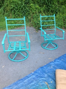 Speaking of those chairs...they were a worn out and faded green color before some spray paint brought them back to life!